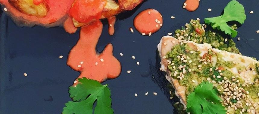 Tunbøf med koriandercreme og ovnbagte kartofler