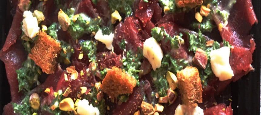 carpaccio med Gorgonzola og pistacienødder